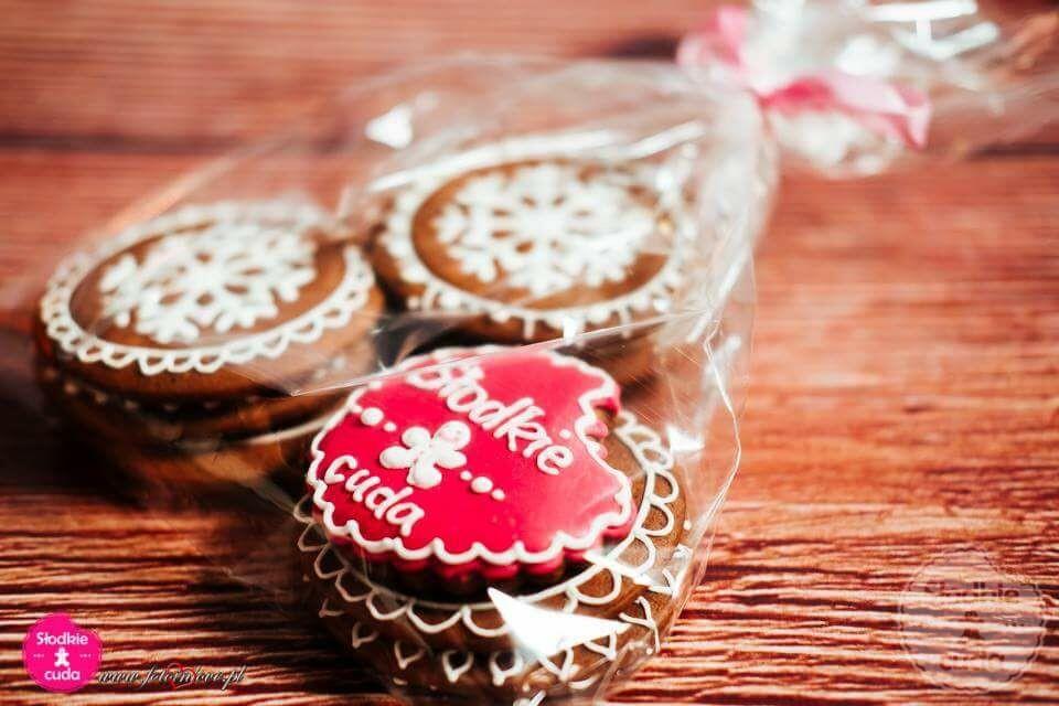 Firmowe - ciasteczka, pierniki z logo firmy, lub jako reklamowy gadżet ozdobny, także w podziękowaniu dla klientów